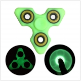 Luminiscenční Fidget Spinner / AT-00322