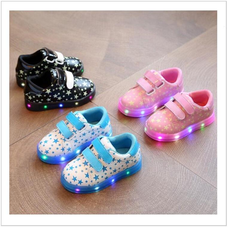 Dětské svítící boty / AT-00539