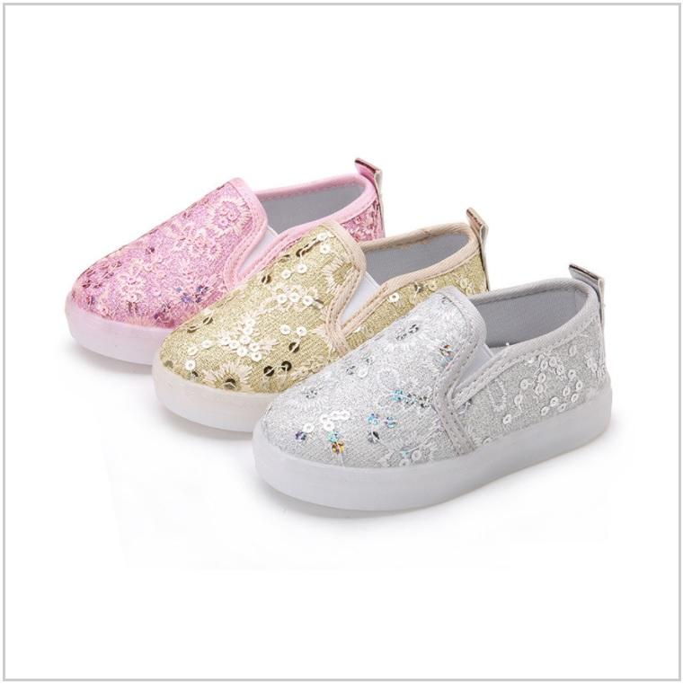 Dětská svítící obuv / AD-00343