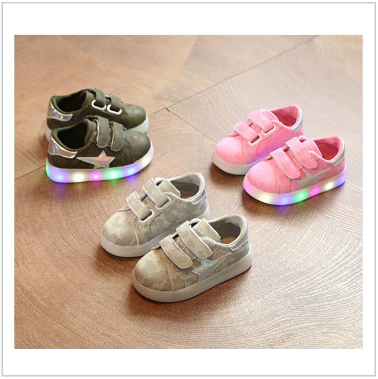 Dětská svítící obuv / AD-00344