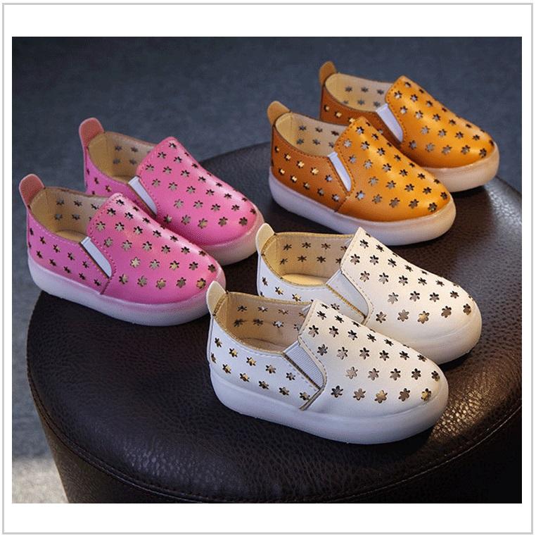 Dětská svítící obuv / AD-00346