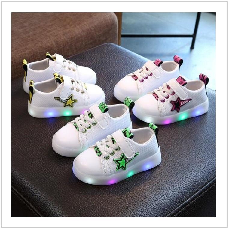 Dětská svítící obuv / AD-00350