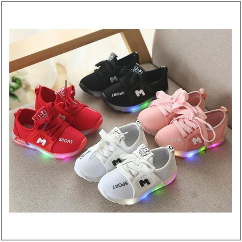 Dětské svítící boty / K02-00001