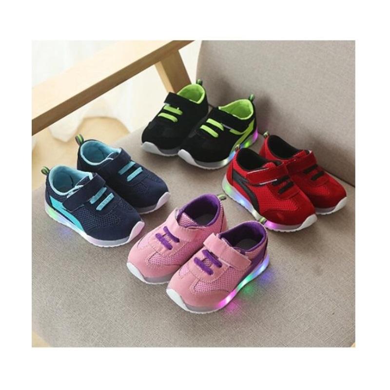 Dětské svítící boty / A-000126