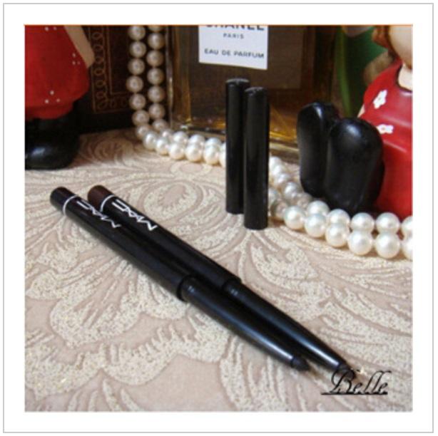 Voděodolná tužka na oční linky / nz35-00005