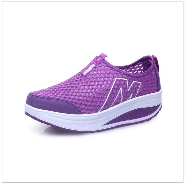 Dámská sportovní obuv / tnk-13-00792