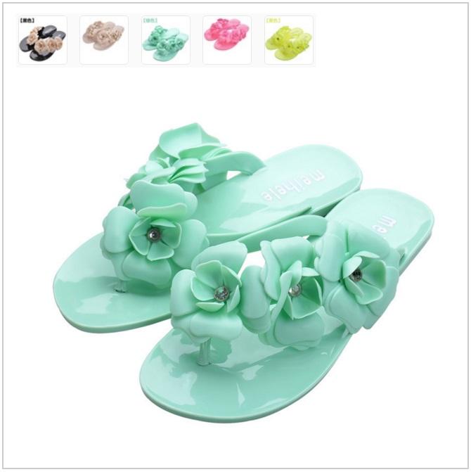 Dámské pantofle / tnk-13-00940