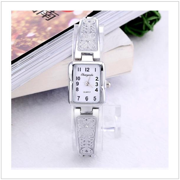 f040aaa588d Dámské hodinky   tnk-13-01070
