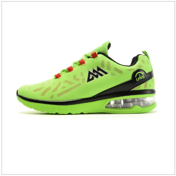 Pánská sportovní obuv / tnk-13-01625