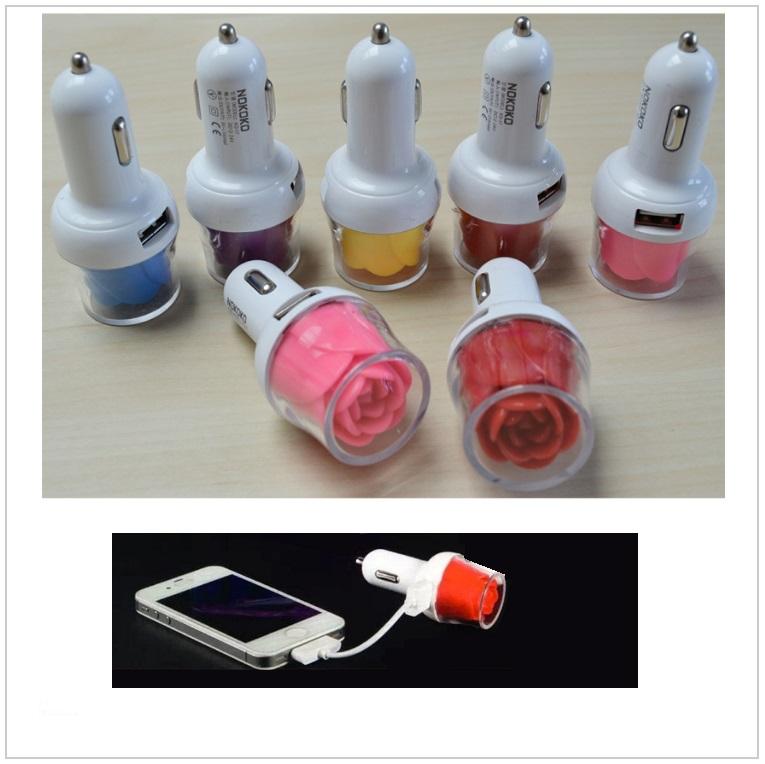 USB svítící autonabíječka - růže / tnk-13-02201