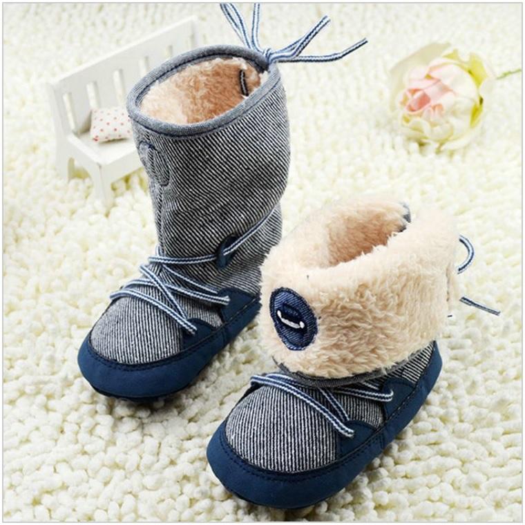 Zimní boty pro kojence / dnk-13-01386