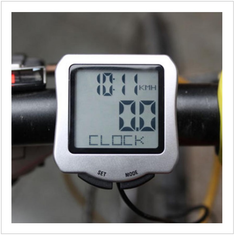 Cyklo počítač - tachometr / tnk-13-02357