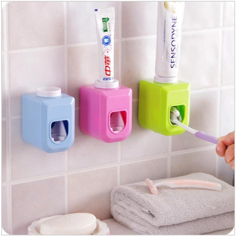 Dávkovač zubní pasty / dnk-13-01527