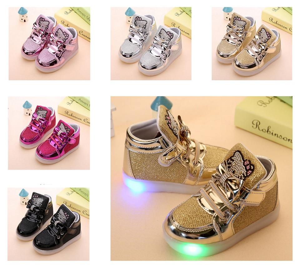 Dětská svítící obuv - Hello Kitty / tnk-13-02578