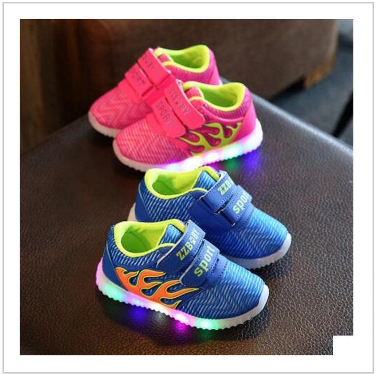 Dětská svítící obuv / AT-00356