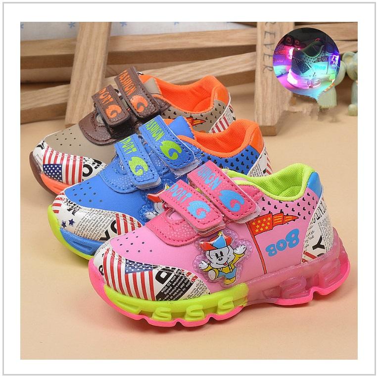 Dětská svítící obuv / AT-00358