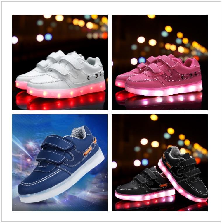 Dětské svítící boty / AD-00351