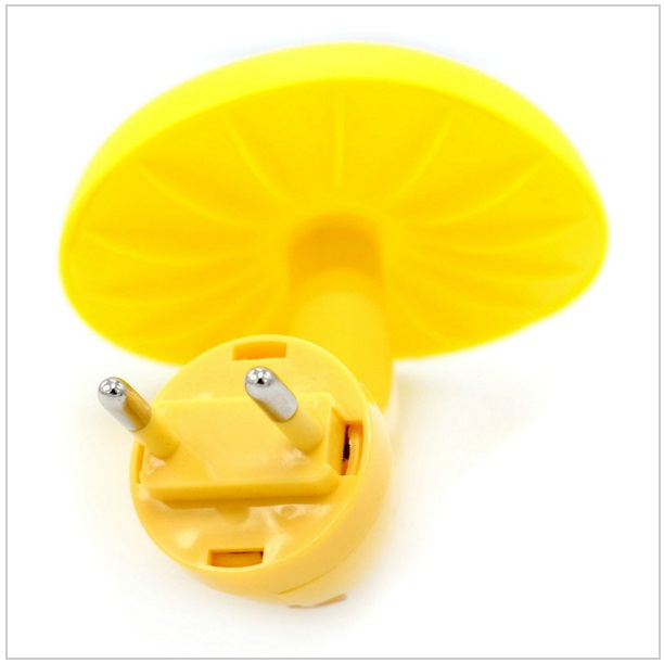Noční lampa se světelným čidlem / AS1-00028
