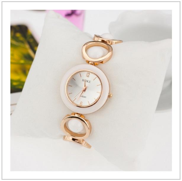 Dámské náramkové hodinky / tnk-13-00170