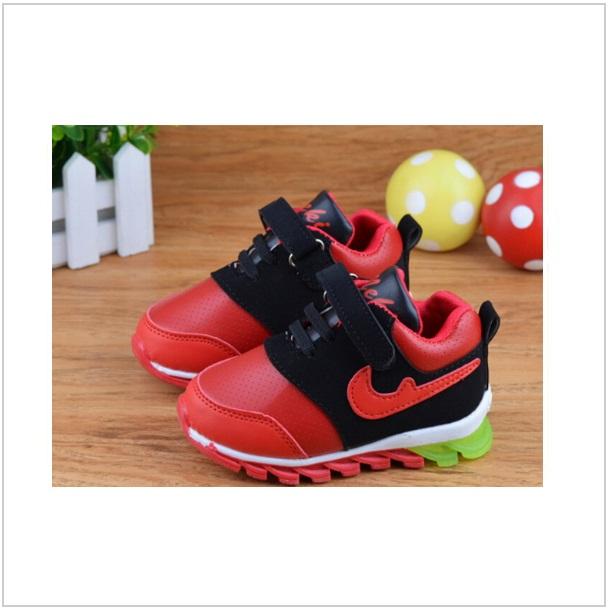 Dětská svítící sportovní obuv / dnk-13-00730c