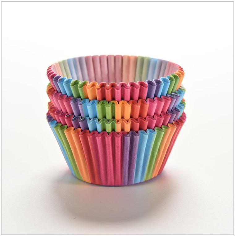 Papírové pohárky na muffiny (100 ks) / dnk-13-01518